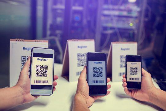 celulares escaneando QR COde