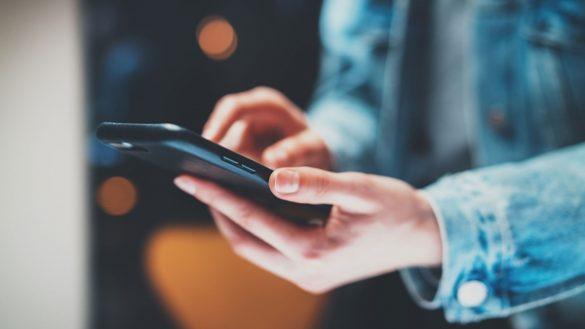 Qual aplicativo o cliente precisa ter?